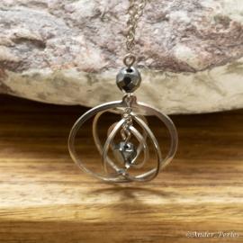 Collier Chaîne Triple Pendants Circulaires & Hématite
